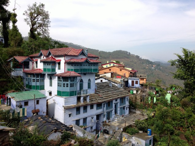 Grand old house that's home to an ashram in Almora, Uttarakhand.