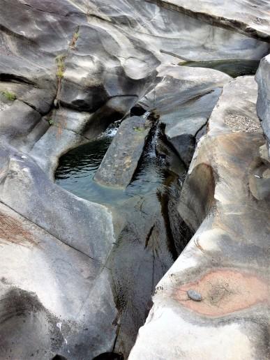 Lingam-yoni in river, Kasar Devi area, Almora, Uttarakhand