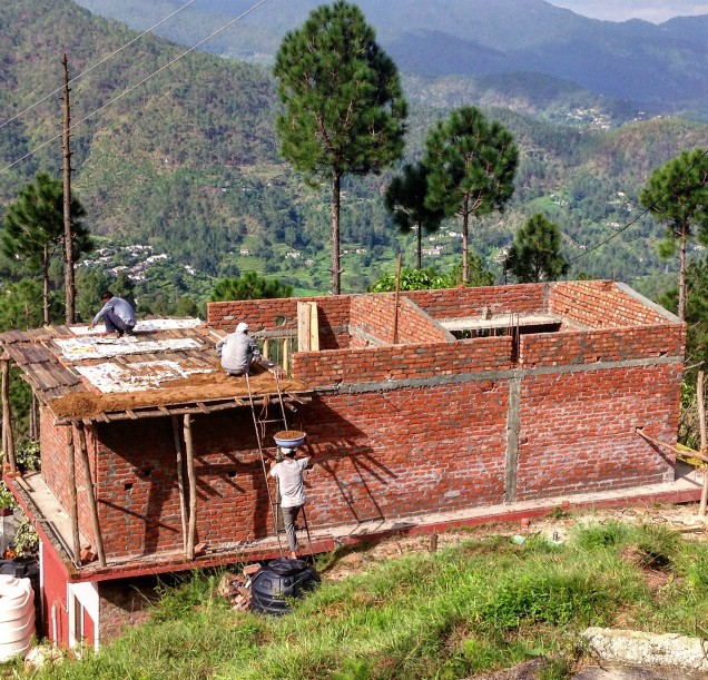 Carrying earth up to the roof of new addition, Papershali, Almora, Kumaon, Uttarakhand