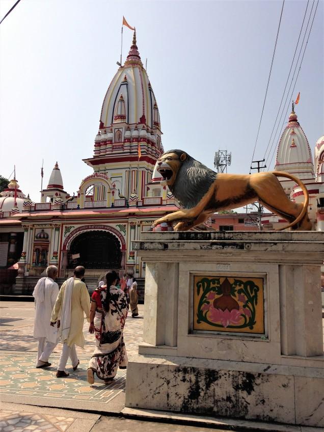 Entering the main complex of Daksh Mandir, Kankhal, Haridwar, Uttarakhand