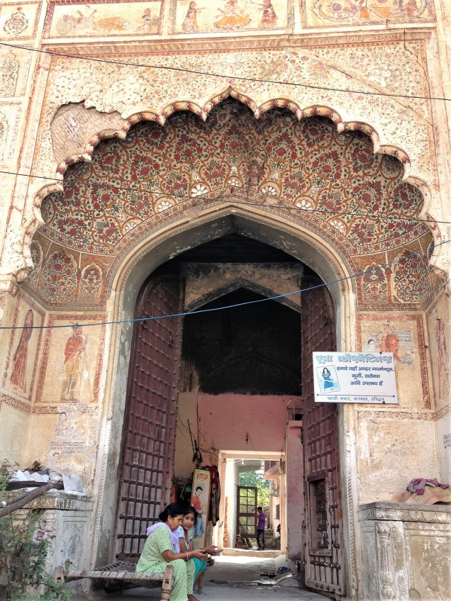 Entryway to magnificent old mansion in Kankhal, Haridwar, Uttarakhand