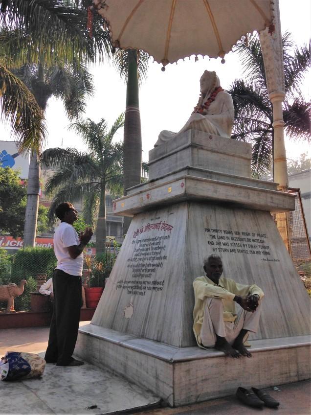 Photo of statue of Queen Ahilyabai Holkar in Rajwada Chowk, Indore, Madhya Pradesh